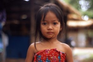 Cambodge-enfant-740x493
